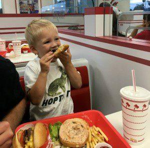 take your kids to las vegas