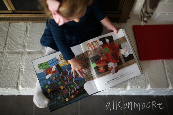 alisonmoorephotographychristmasreading4
