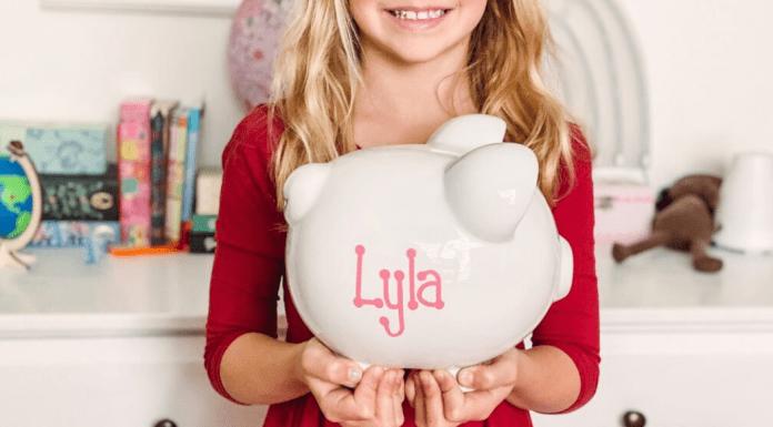 piggy banks help teach kids about money
