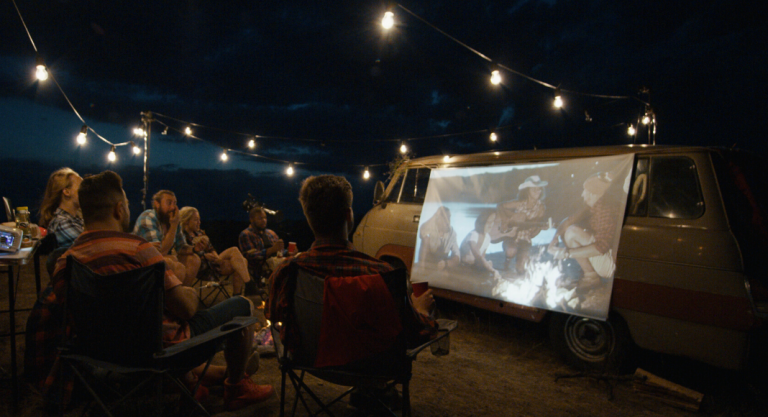 How To Plan An Outdoor Summer Movie Night At Home