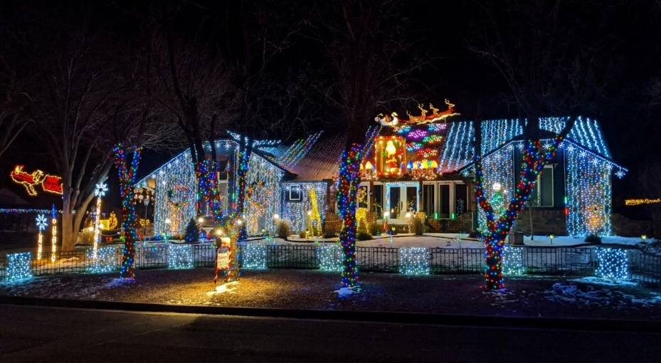 Christmas Light Wichita Ks 2021 Map Where To See The Best Christmas Lights In Wichita 2020 Interactive Map